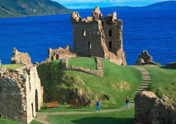 UK-ScotlandLochNessCastle-DEF