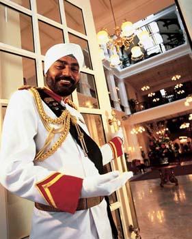 Raffles-hotel-doorman