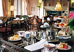 Hotel-fairmonth-victoria_tea-def