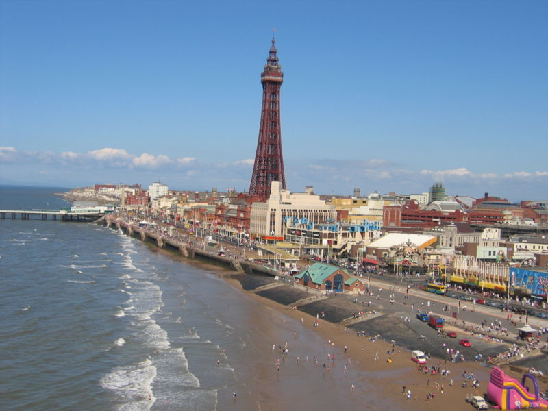 800px-blackpool_tower_from_central_pier_ferris_wheel_