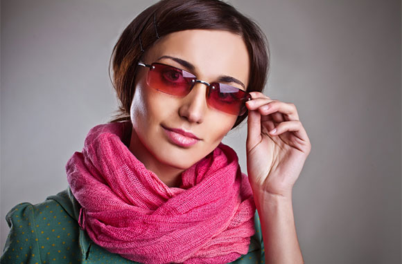 580x382_Young-Woman-with-Pink-Scarf-and-Sunglasses