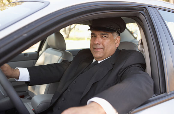 580x382_Chauffer-in-Car