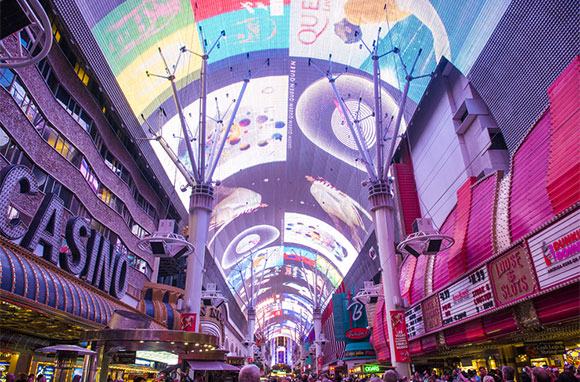 580x382_Fremont-Street-Experience
