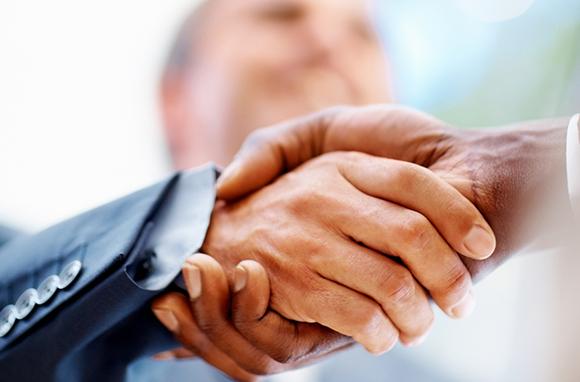 580x382_Handshake