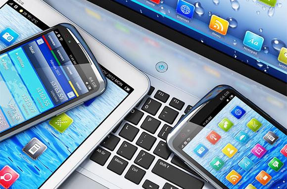 580x382_Smartphones-and-Computer