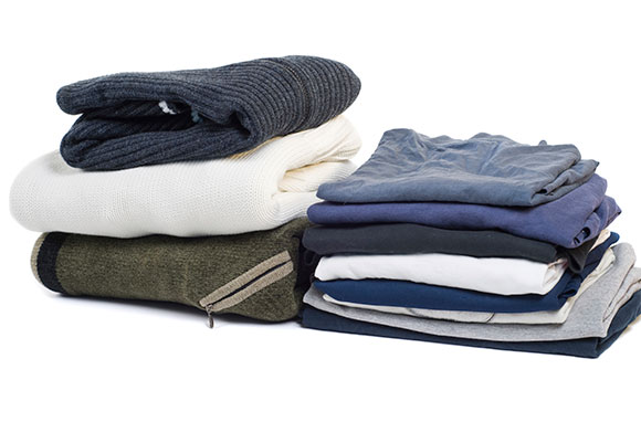 580x382_Pile-of-Neutral-Clothing